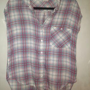 Sleeveless flannel shirt